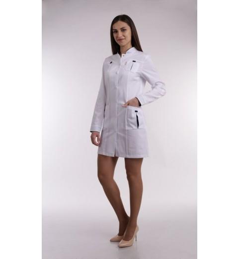 фото Халат медицинский женский М131 белый с синей отделкой